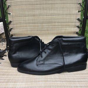 Danexx Austin boots - women's size 12 - NWT
